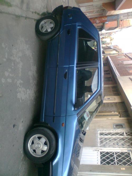 Vendo automovil, skoda favorit, modelo 95 excelente estado papeles al dia, color azul
