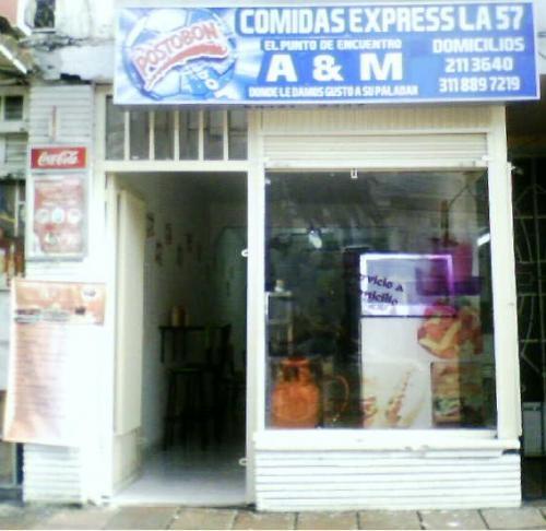 Vendo negocio de comidas rápidas-cedo local