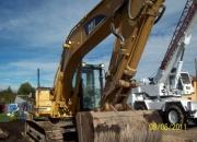 EXCAVADORA 320 BLN  2000, linea para martillo.