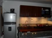 Alquilo apartamento amoblado en laureles sector la consolata
