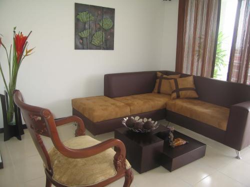 Modernos apartamentos amoblados en cali / colombia