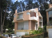Rent-A-House MLS# 11-269 Casa en Venta en Sotileza Bogota Colombia