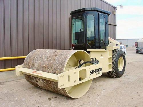 Vibrocompactador 11 toneladas alquiler