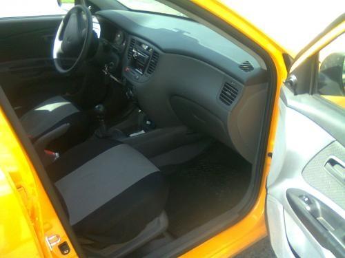 Vendo taxi kia sephia modelo 2011 listo para trabajar bogota