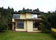 Espectacular Casa Campestre En El Cerro De La Conejera