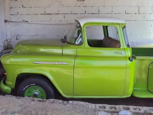 Se vende carro ford apache, modelo 1956