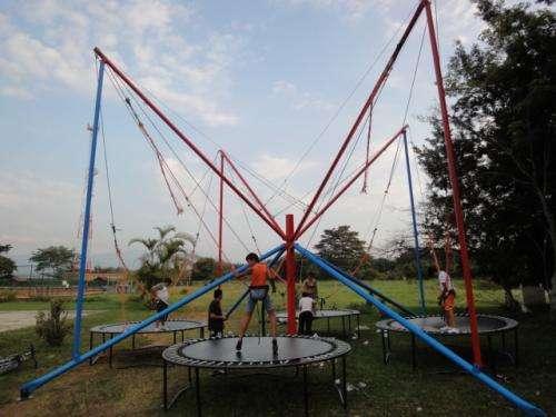 Fotos de Aa alquiler venta reparacion de inflables, saltarines, camas elasticas, trampoli 2
