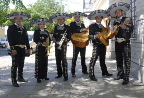 Trova paisa - mariachis - trio musical - conjunto vallenato - grupo llanero