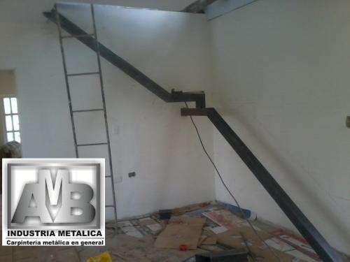Escaleras metalicas suministro e instalacion realizamos su carpinteria metalica con materiales de gran calidad y al menor costo calidad y cumplimiento contactenos con gusto le cotizamos y sin costo