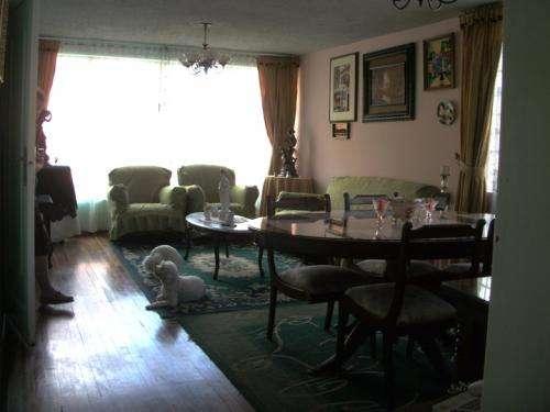 La soledad, bonita y amplia casa esquinera
