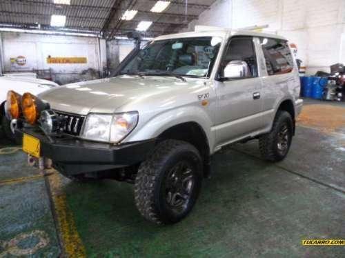 Alquiler de camperos y camionetas en bucaramanga 4x4 nuevos
