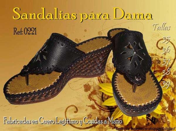 5c6bb6cf8f Venta de calzado artesanal,en cuero hecho a mano y crochet en Valle del  Cauca - Otros Servicios   242802
