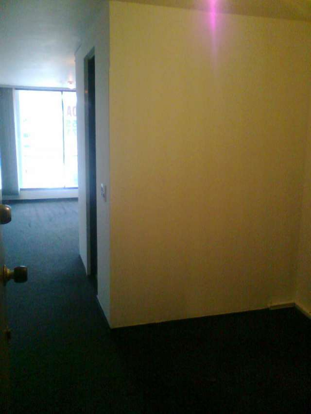 Oficina, 503, 28 m2, bien ubicada, excelente iluminacion, buenos acabados, baño interno, piso en tapete, ascensor, no garaje, excelente vista, avenida 15 con calle 100.