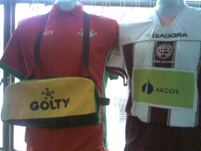 Guardar. Guardar. Guardar. Guardar. Prev Next. Uniformes deportivos  sudaderas maletines medias de futbol b241577f3abba