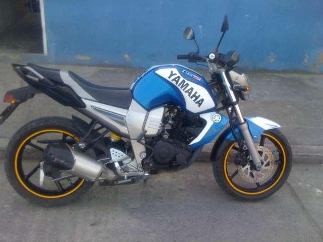 Vendo o cambio moto 2012 fz 16 modelo 2012