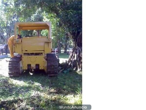 Vendo permuto bulldozer recibo carro