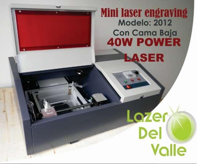 Venta de maquina laser mini engraving con cama baja modelo 2012 en bogota