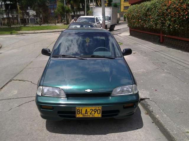 Vendo chevrolet swift modelo 2000 motor 1300