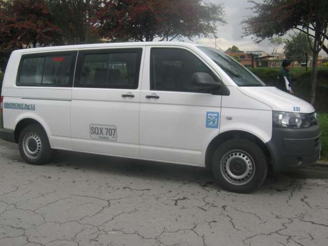 Transporte escolar empresarial y de turismo