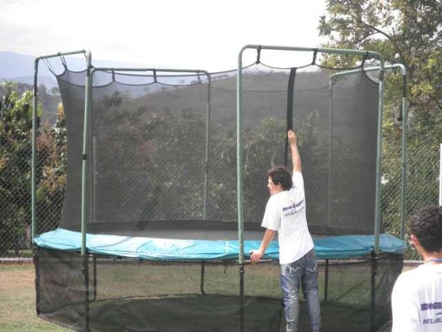 Fabrica inflables saltarines cama elastica pelotas chocadoras roller ball