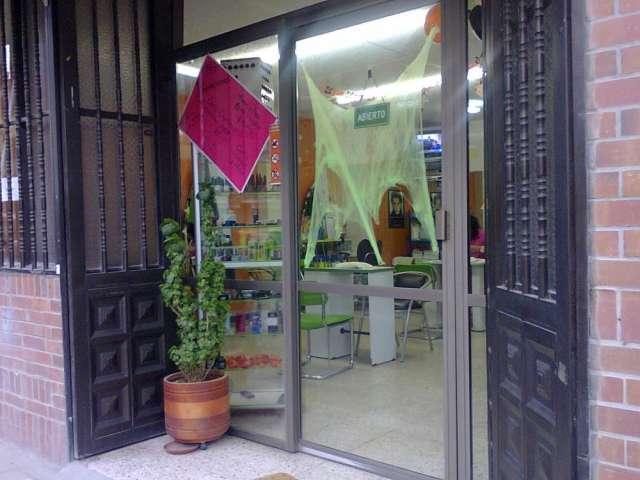 Venta de sala de belleza buena ubicacion