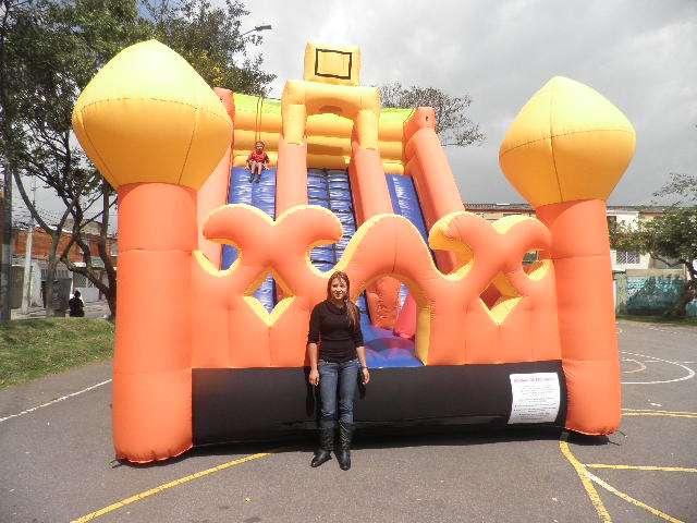 Fabrica inflables cuatrimotos trampolines roller ball globos publicitarios parques play grand