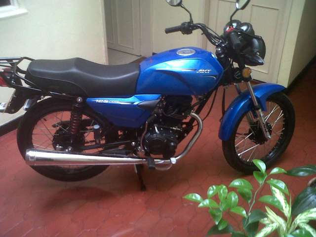 Moto akt serie ak 125 nkdr azul nueva