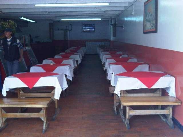 Se vende restaurante barrio álamos norte