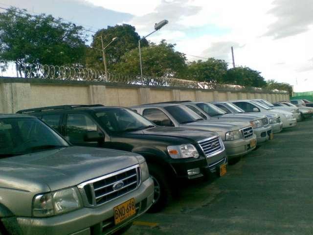 Alquiler camionetas doble cabina y blindadas