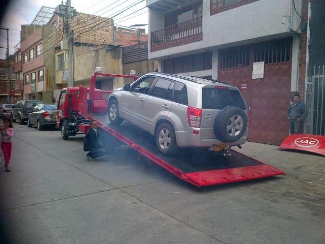 Camión chasis jac grua hidraulica para alquiler