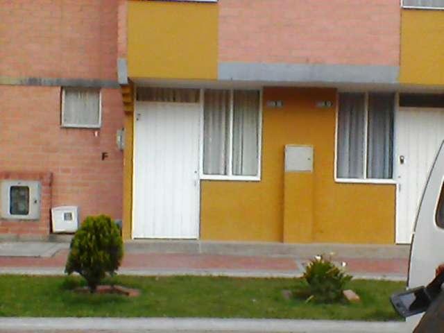 Arriendo casa las margaritas o dos habitaciones con derecho a la casa