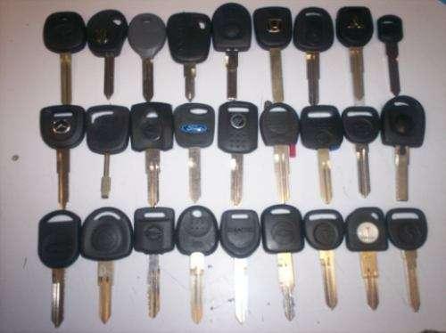 Keychip llaves duplicado y programación llaves con chip bogotá colombia 3142682575