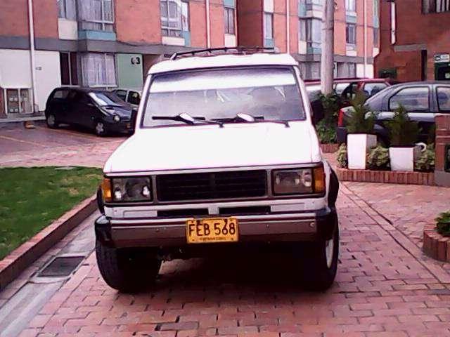 Vendo o permuto trooper 1995 por automovil