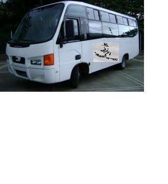 Necesito buses de 28 y 30 pasaj. con aire acondicionado