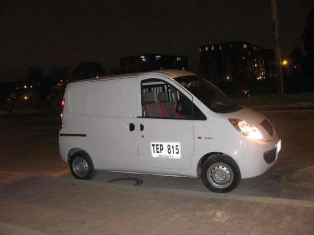 Vendo o permuto vans de carga chery yoya 2012