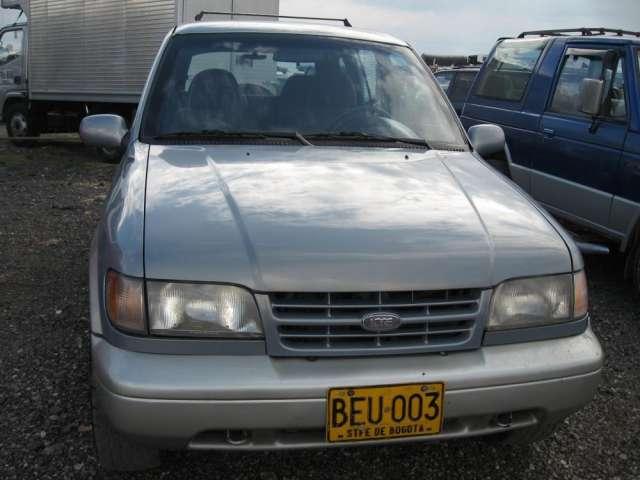 Kia sportage dlx1994 automatica 4x4. color gris