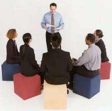 Se busca profesor o instructor que enseñe a dar capacitaciones