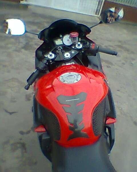 Fotos de Vendo hermosa superbike yamaha r6 roja 6