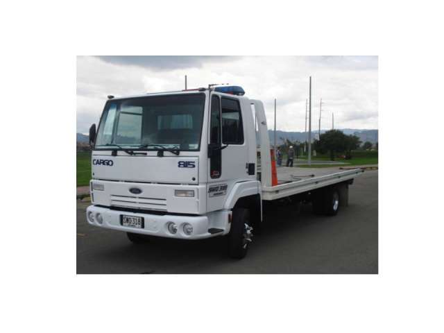 Servicio de grúa para vehículos y maquinaria pesada