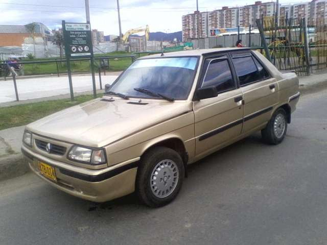 Vendo carro renault9 modelo88 color beige ne