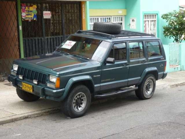 Vendo camioneta jeep cherokee limited