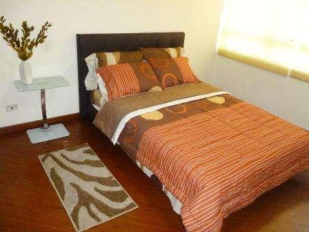Apartamento amoblado en bogota ,por dias ,semanas o meses 310-4763226 3 habitaciones 2 baño