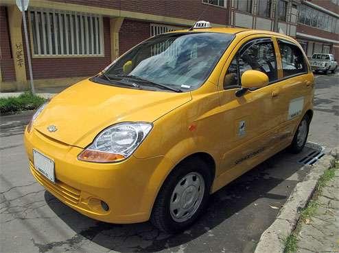 Conductor de taxi en bogotá