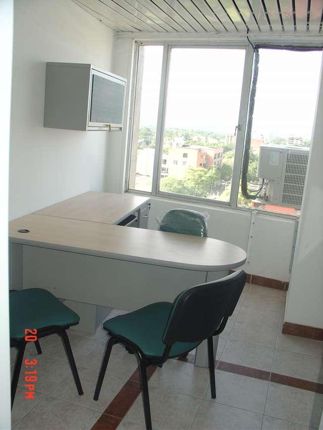 Mobiliarios de oficina /archivadores/sillas etc
