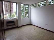 Fotos de Se arrienda lindo apartamento central remodelado. 9