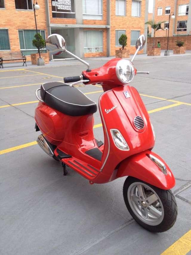 Vespa lx 150 ie nueva