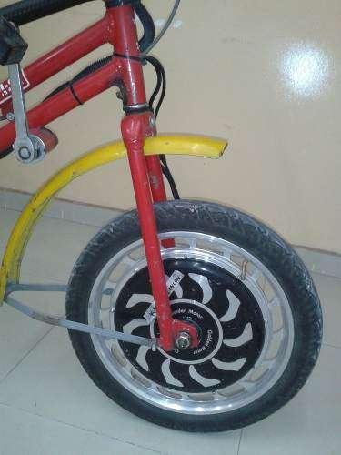 Triciclo de carga con motor electrico y baterias recargables