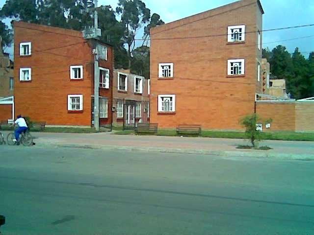 Casa en venta o permuta en madrid cundinamarca