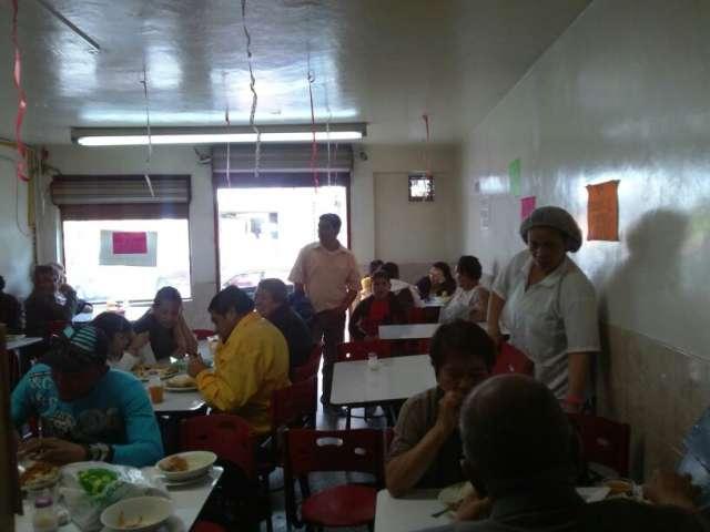 ¡ojo ganga! se vende restaurante pescaderia palmeras del pacifico acreditado y negociable