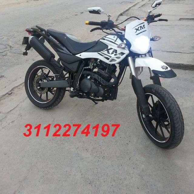 Vendo akt xm 180 modelo 2014